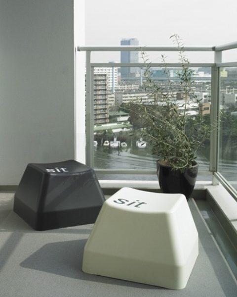stolica-tipka-od-tipkovnice-dom2-domnakvadrat