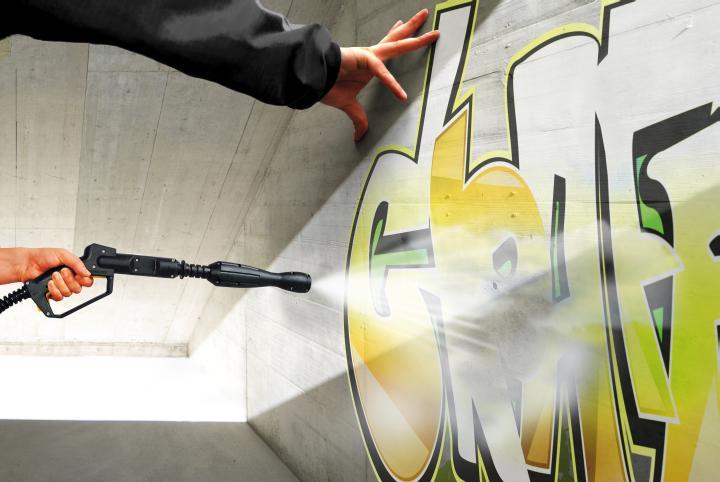 crtanje-umjetnickog-grafita-dom2-domnakvadrat