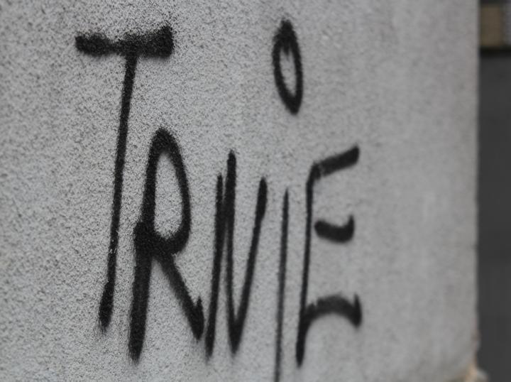 grafiti-na-ulici-4-dom2-domnakvadrat