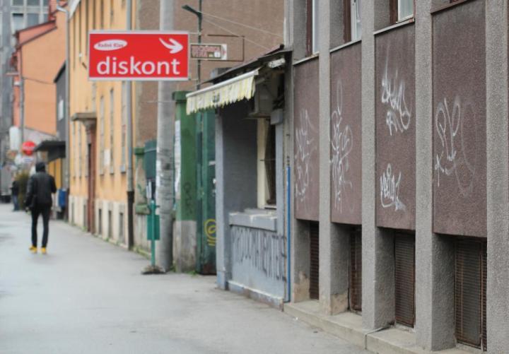 grafiti-na-ulici-8-dom2-domnakvadrat