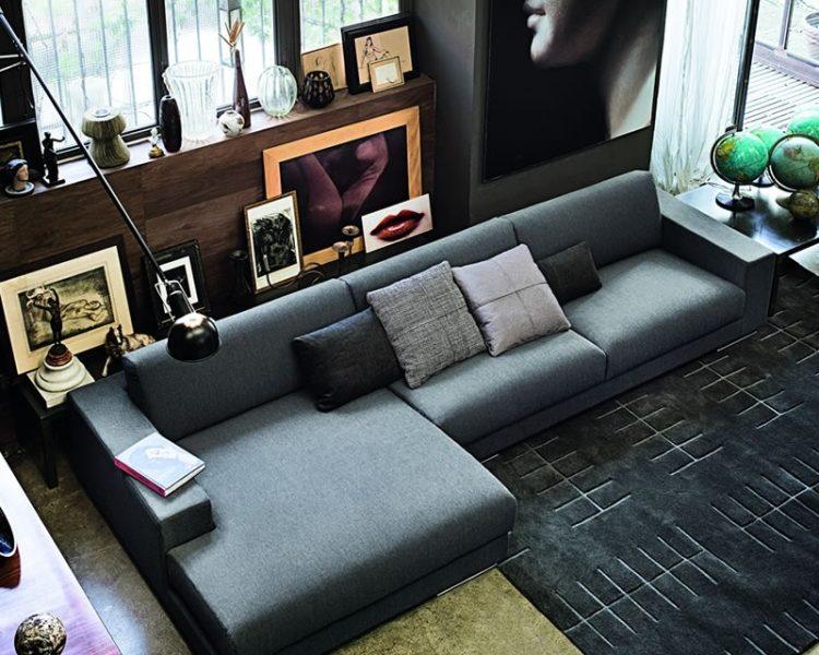 sofa u dnevnom boravku dom2