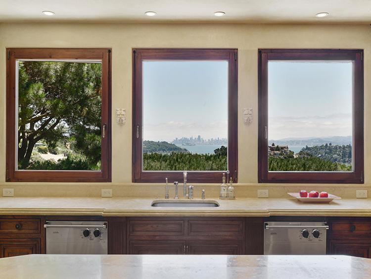 pogled iz kuhinje san francisco dom2