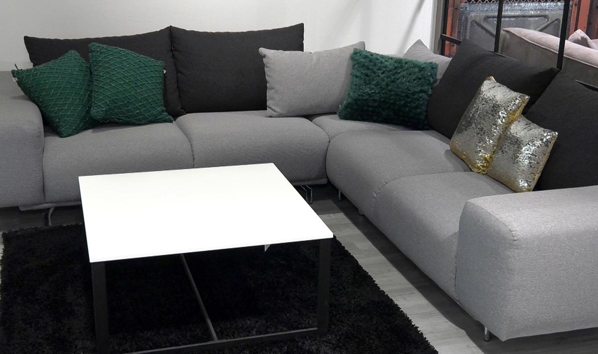 dekorativni-jastuci-zelena-i-srebrna-domnakvadrat