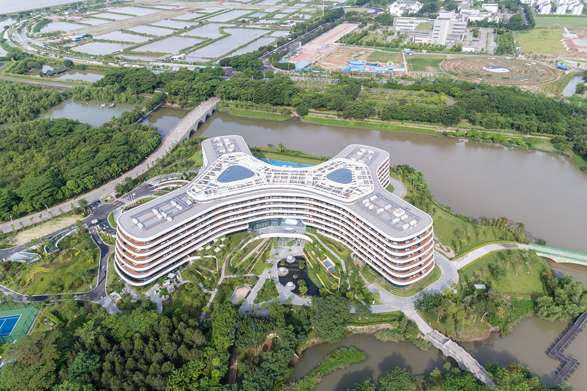 3LHD_228_Hotel_LN_Garden_domnakvadrat