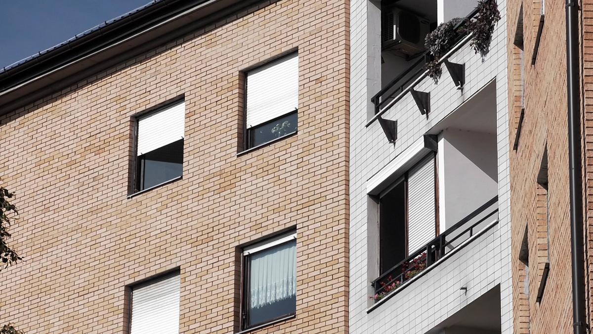 ciglena-fasada-moderna-zgrada-domnakvadrat