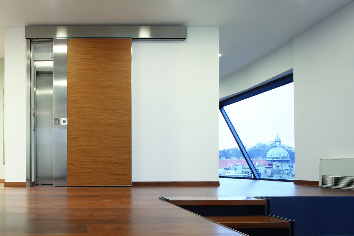 protuprovalna-vrata-izlaz-iz-lifta-vrata-dizajn-oikos-domnakvadrat