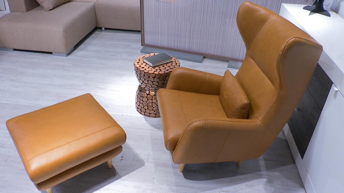 fotelja-kozna-smedja-lesnina-domnakvadrat