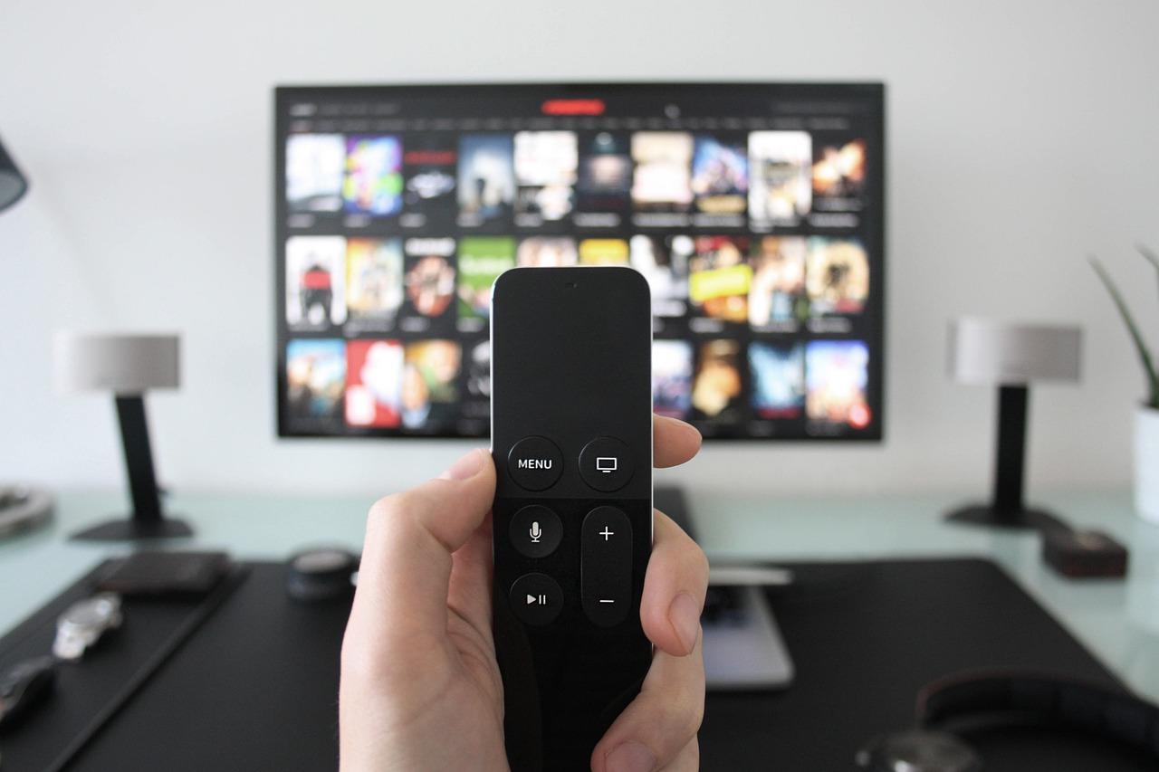 televizor-upravljač-daljinski