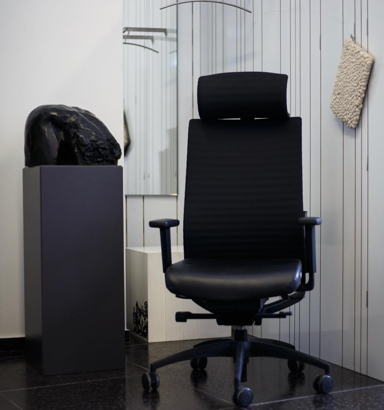 stolica-radna-crna-deez-domnakvadrat