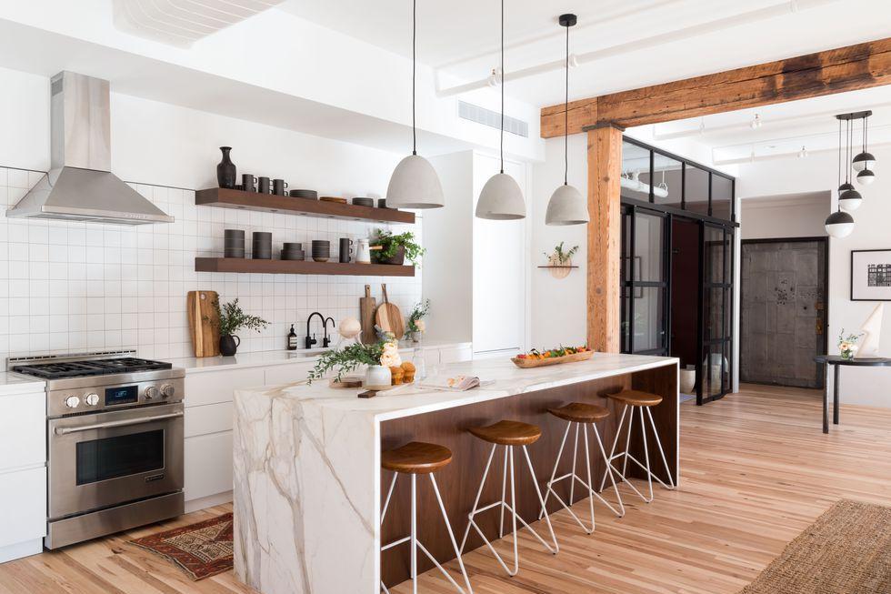 moderna-kuhinja-bijela-drvo-domnakvadrat