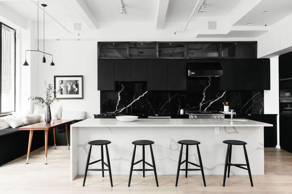 moderna-kuhinja-crno-bijela-domnakvadrat
