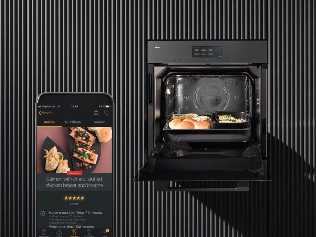 Umreživost Dialog pećnice obećava inspiraciju i dodatno zadovoljstvo kuhanja. Korisnici mogu birati iz ponude brojnih automatskih programa posebno razvijenih za Dialog pećnicu u bazi recepata koja je uključena u Miele@mobilnu aplikaciju. Jednim klikom postavke automatskog programa prenose se izravno na uređaj.