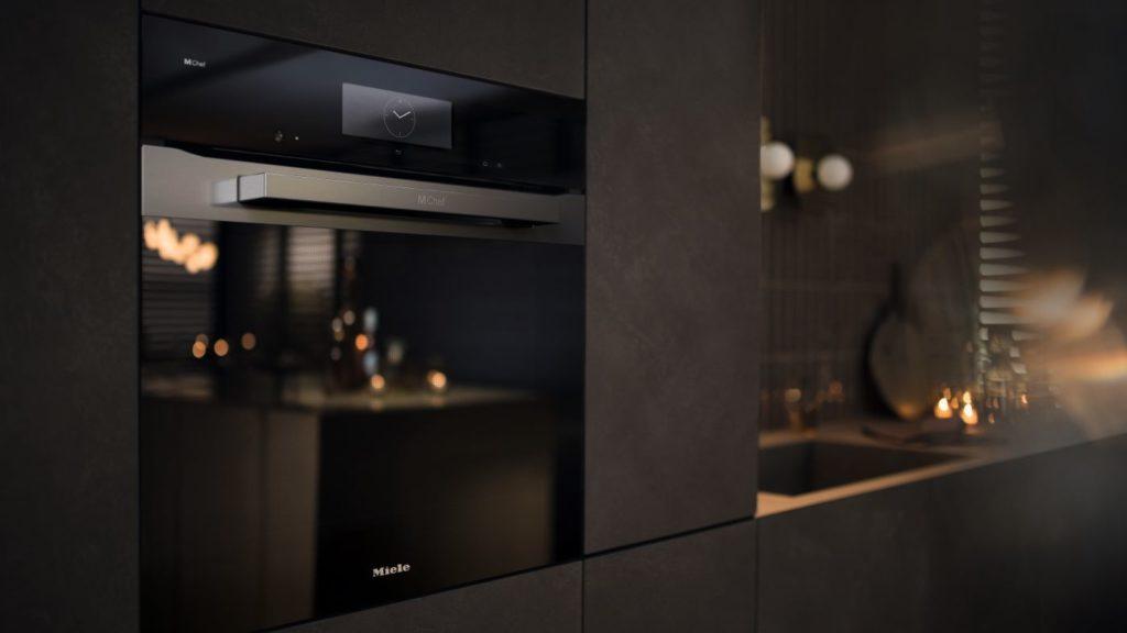 Elegantan dizajn podržava revolucionarnu tehnologiju kuhanja: Dialog pećnica iz tvrtke Miele znači inovativno kuhanje, izvrsnost rezultata, jednostavnu pripremu hrane i uštedu vremena.