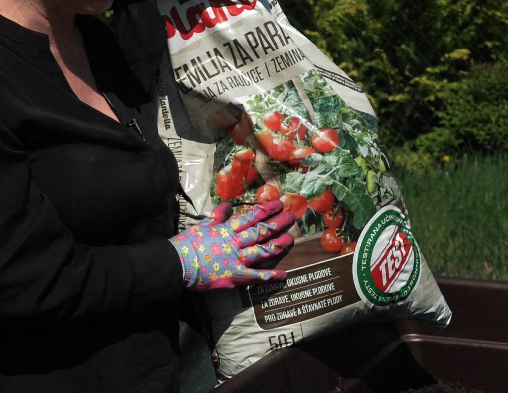 bio-plantella-zemlja-za-rajcice-sadnja-malog-vrta-domnakvadrat
