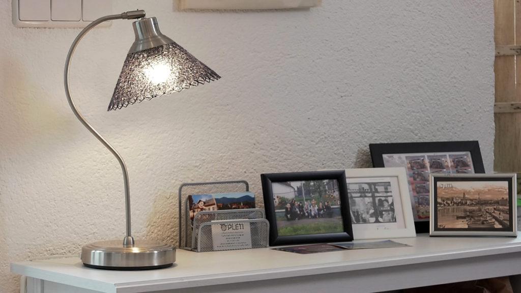 stolna-lampa-cipka-domnakvadrat