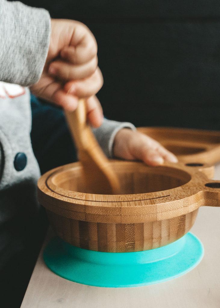 zdravo-posudje-bambus-silikonski-podmetac-domnakvadrat