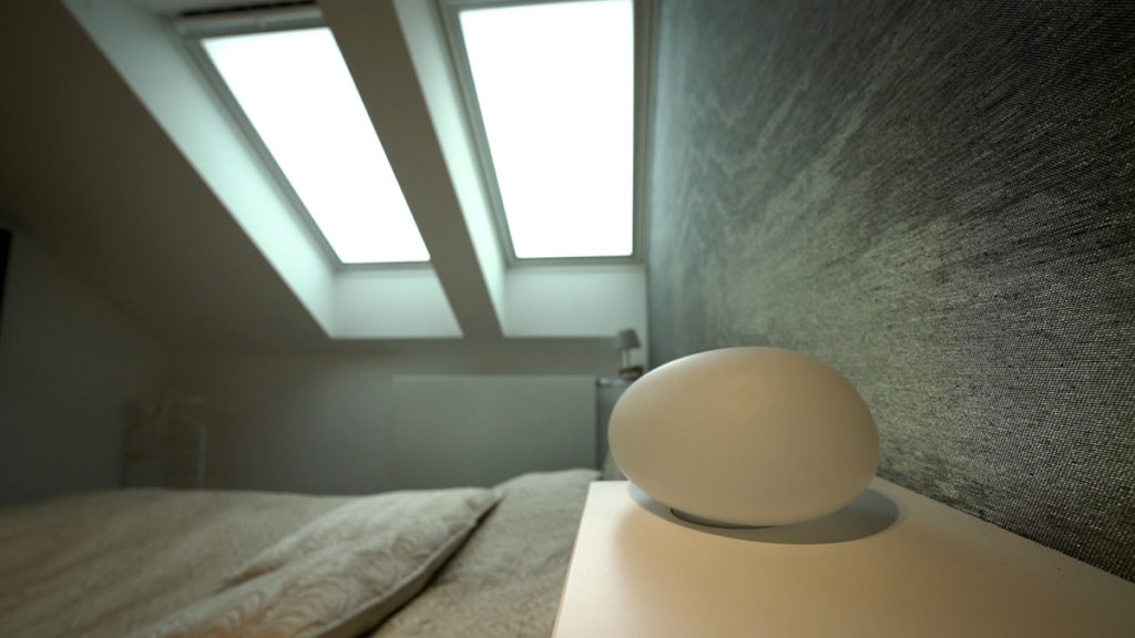 velux-krovni-prozori-u-spavacoj-sobi-domnakvadrat
