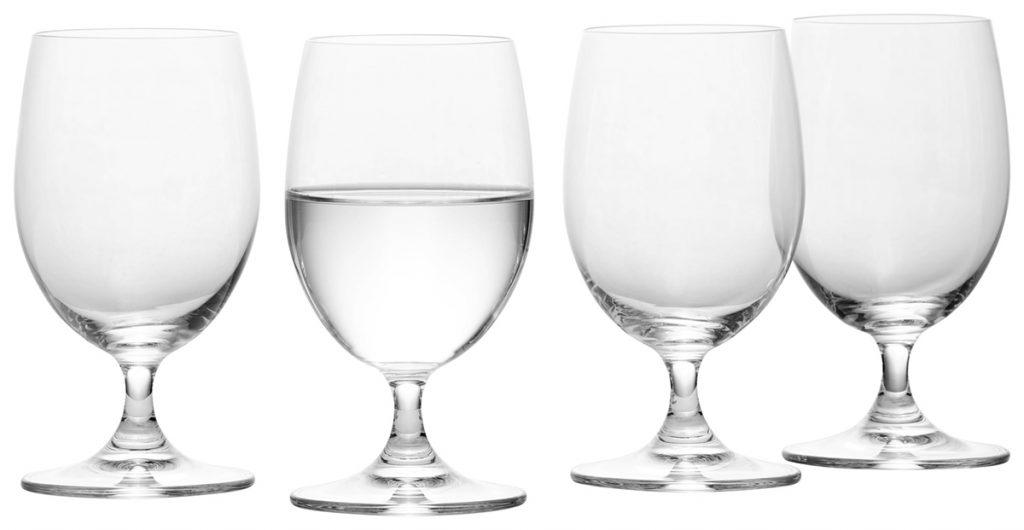 čaše-za-vodu-stalak-domnakvadrat