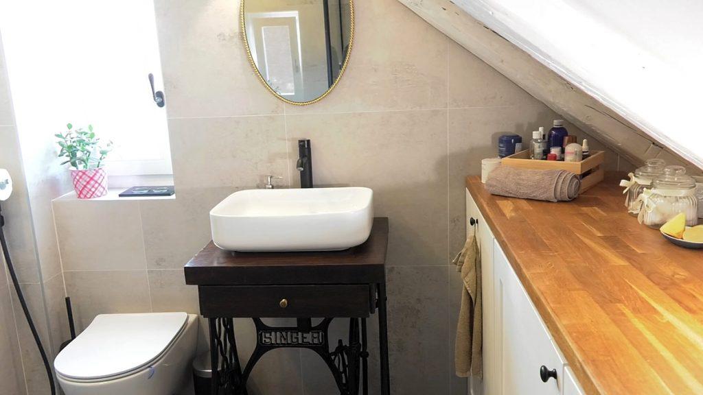 kupaonica-potkrovni-stan-domnakvadrat