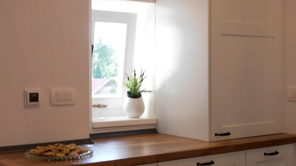 mali-prozor-potkrovni-stan-domnakvadrat