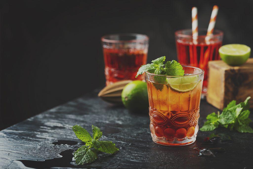 čaša-koktel-domnakvadrat