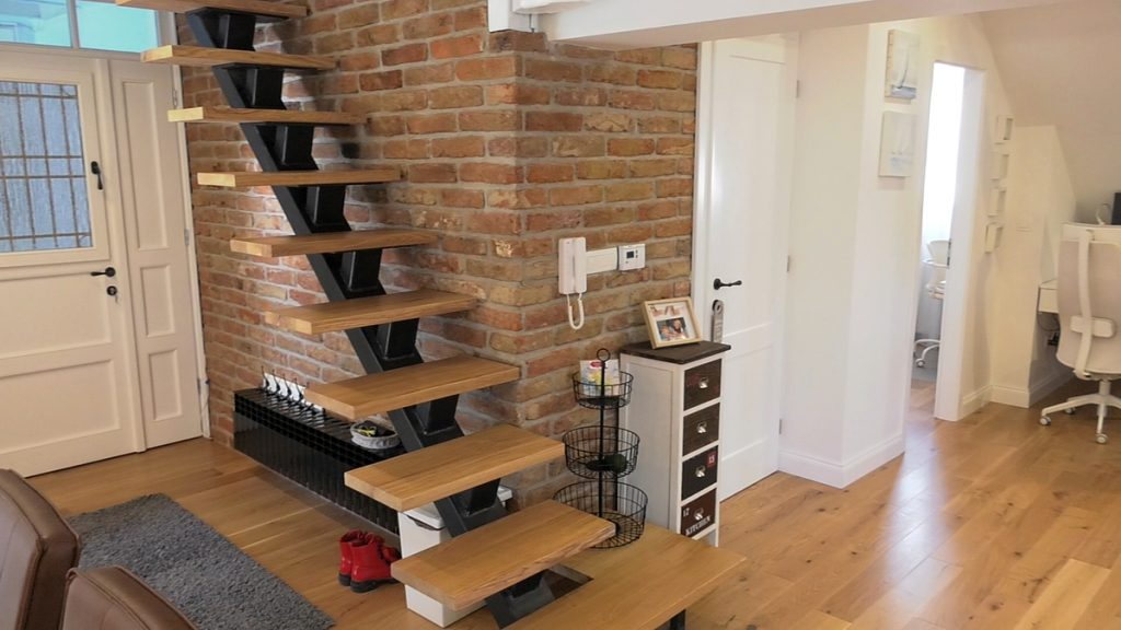 stubište-potkrovni-stan-domnakvadrat