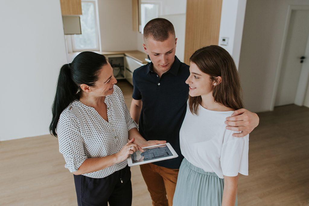 razgledavanje-nekretnine-domnakvadrat