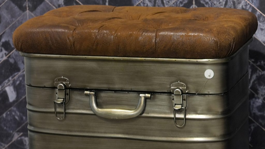 kofer-klupa-lesnina-xxxl-domnakvadrat