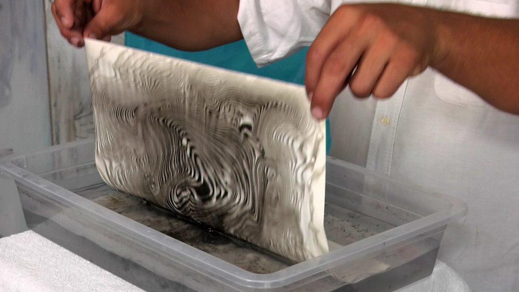vađenje-oslikanog-papira-domnakvadrat