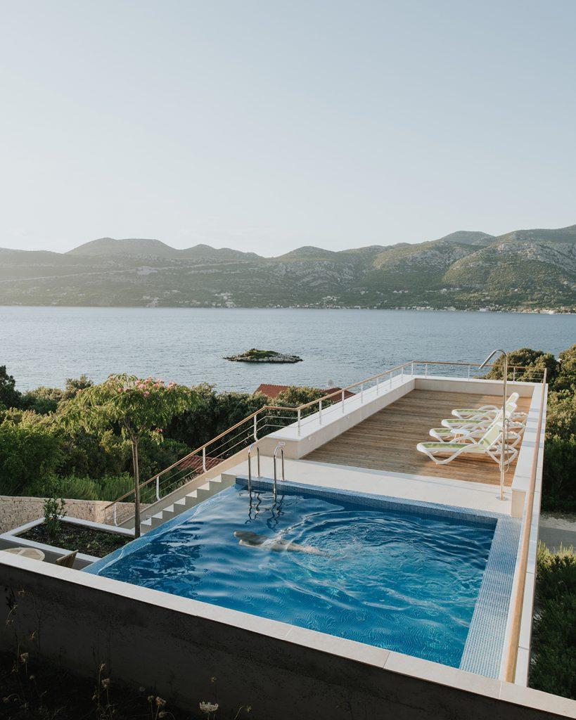 tinel-kuca-za-odmor-bazen-na-krovu-arhitektura-domnakvadrat