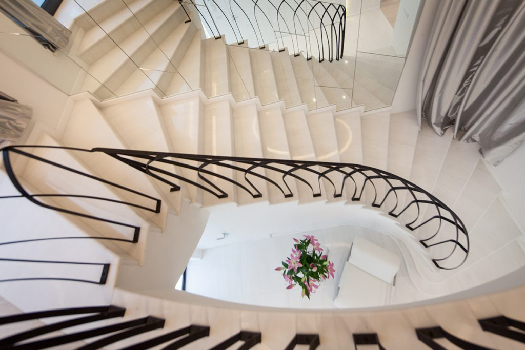 stepenice-ogledalo-ograda-rovinj-domnakvadrat