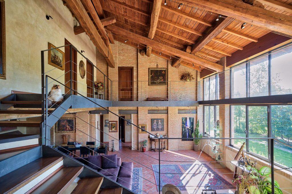 stepenice-unutrašnjost-talijanska-vila-domnakvadrat