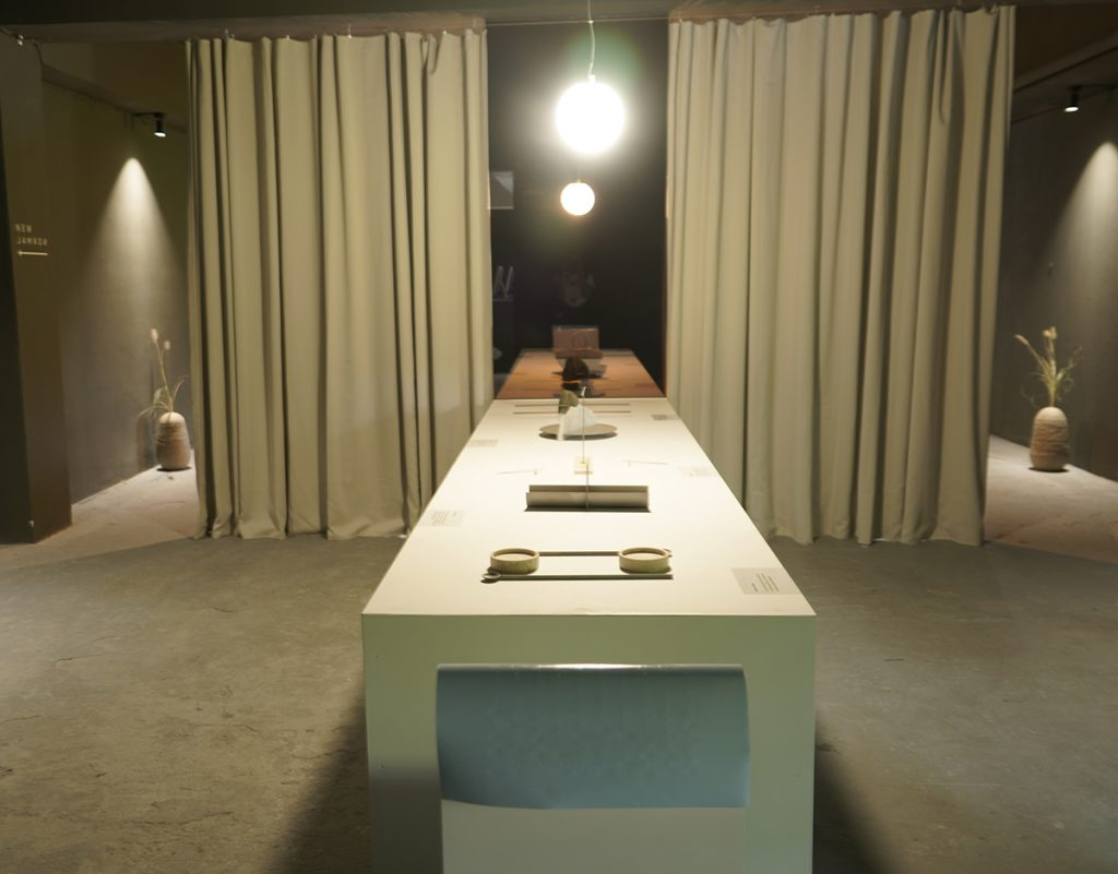 stol-korona-design-week-domnakvadrat