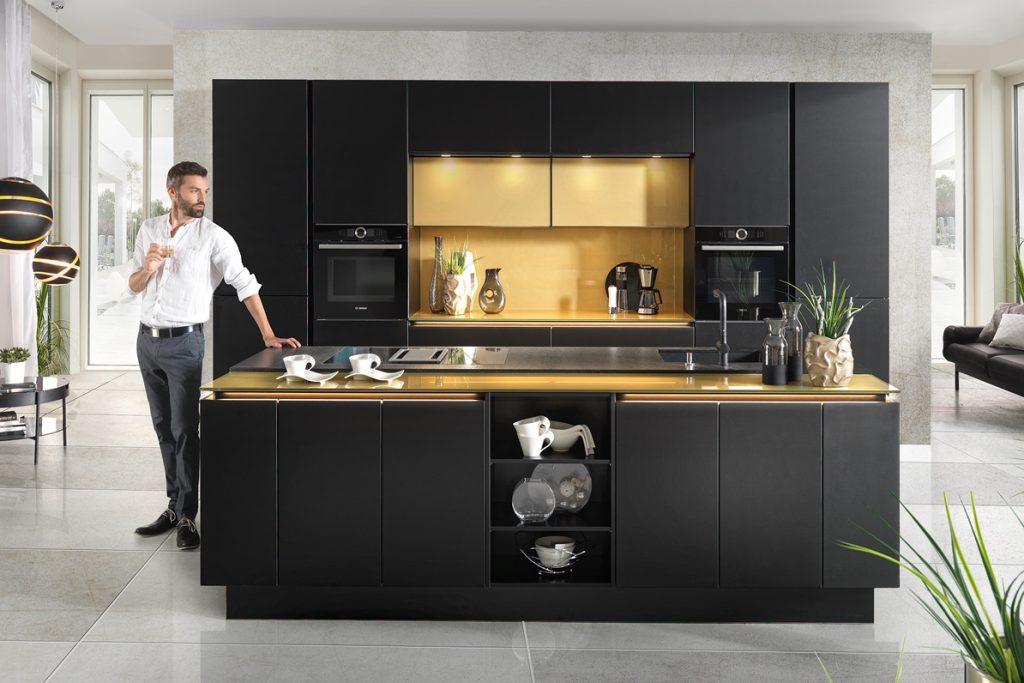 crna-kuhinja-elegantna-lesnina-xxxl-domnakvadrat