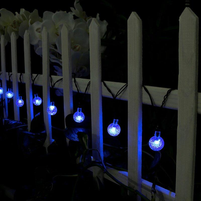 ograda-no--string-lights-vrt-domnakvadrat