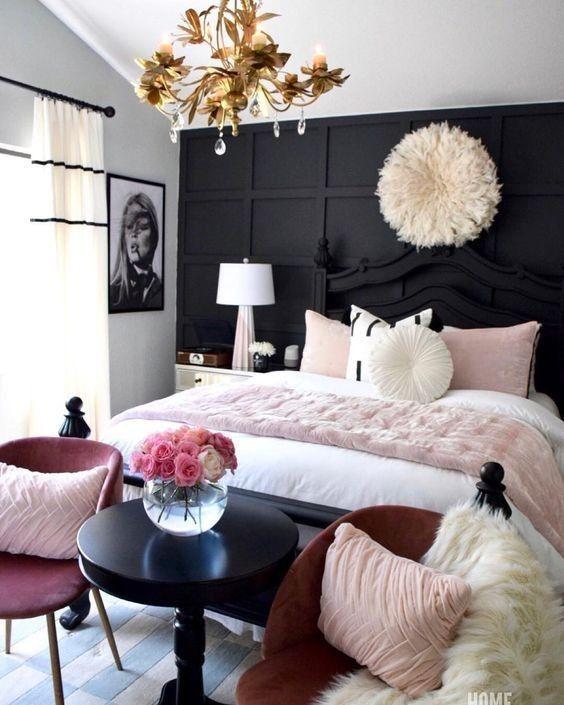 crni-krevet-luster-krzno-jastučići-domnakvadrat