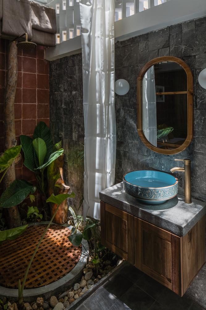 kupaonica-drvo-biljke-vijetnam-domnakvadrat