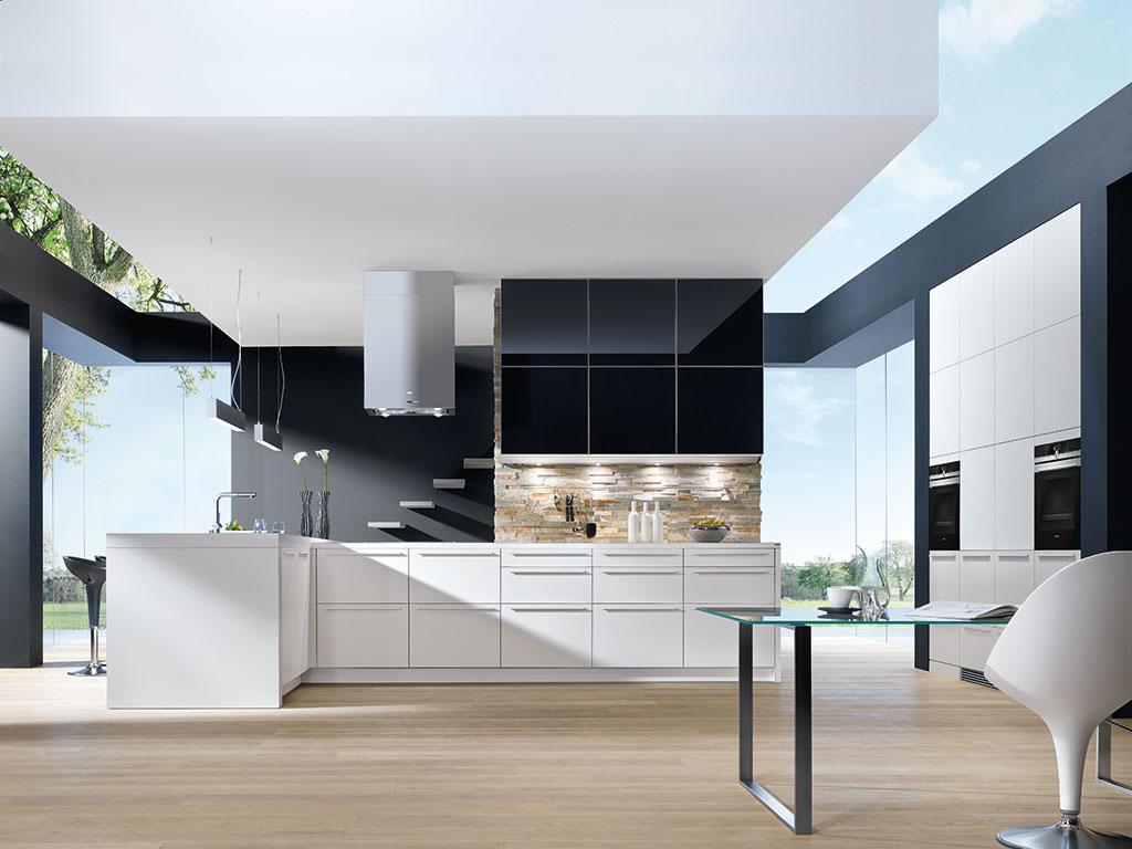 moderna-kuhinja-bijelo-crna-mobel-land-domnakvadrat