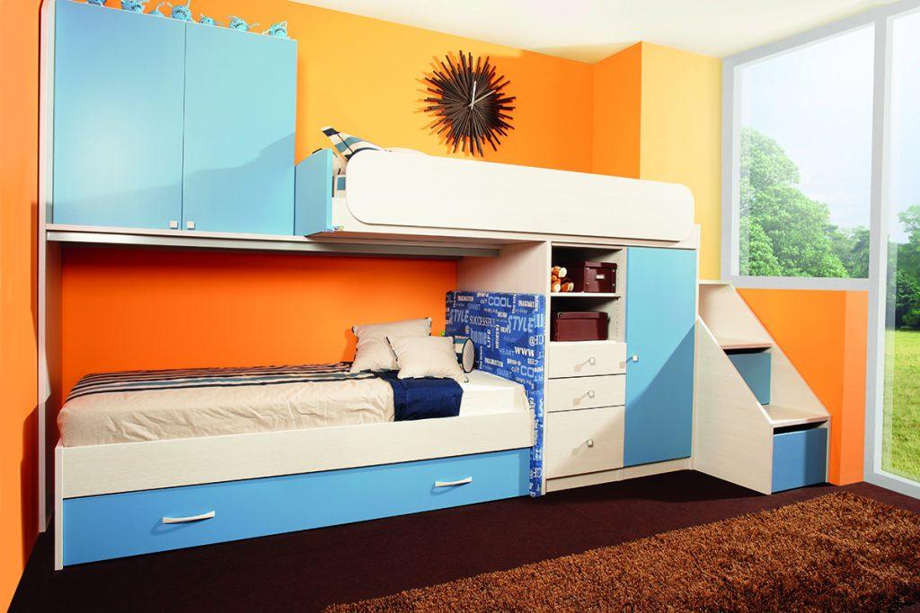 narančasti-zid-plavi-namještaj-dječja-doba-mobel-land-domnakvadrat
