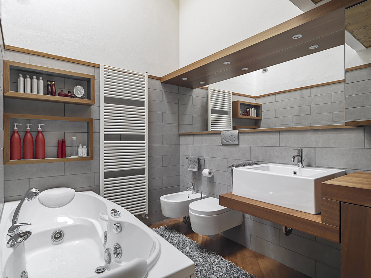 kupaonica-drvo-ogledalo-domnakvadrat