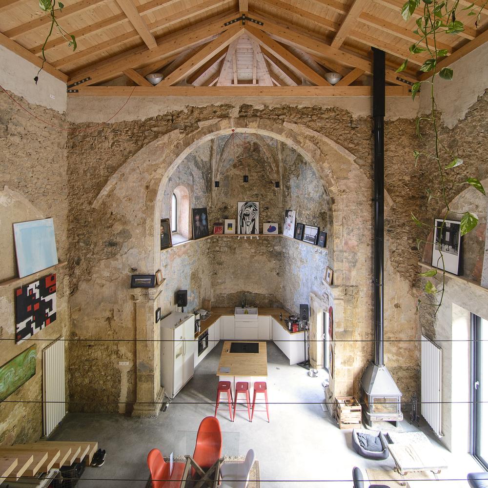 pogled-s-galerije-crkvica-domnakvadrat