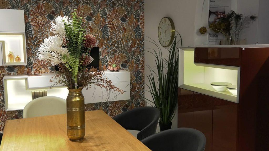 zlatna-vaza-cvijeće-lesnina-xxxl-domnakvadrat