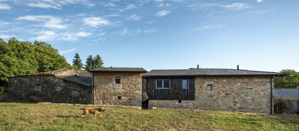kamena-kuća-stražnja-strana-španjolska-domnakvadrat