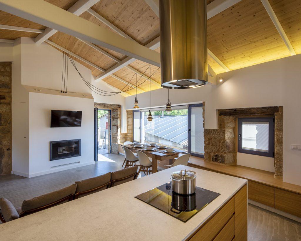 kuhinja-kamena-kuća-španjolska-domnakvadrat