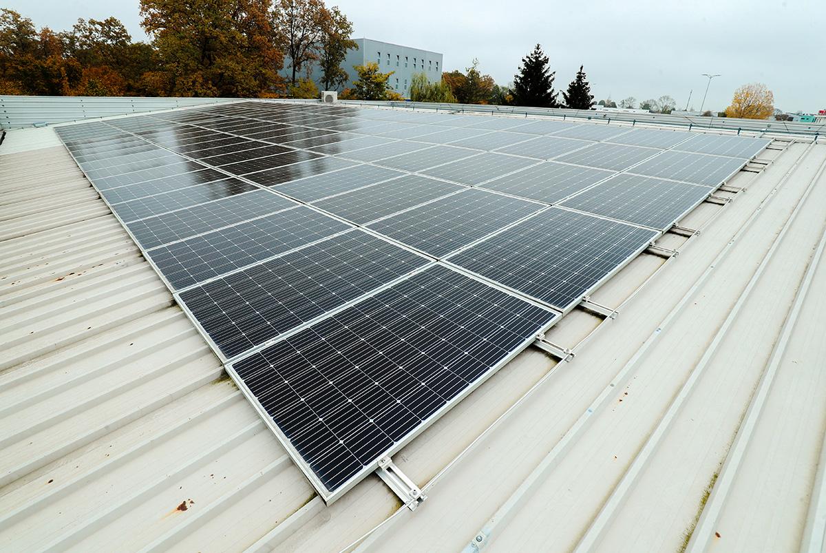 solarni-paneli-tepih-centar-domnakvadrat