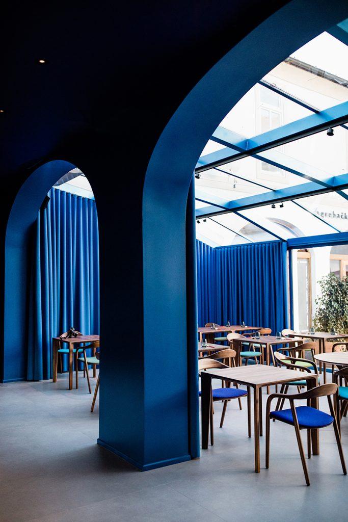 plavi-dio-theatrium-restoran-artisan-domnakvadrat