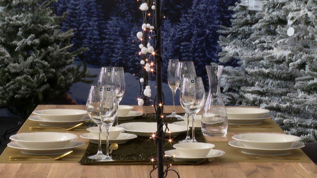 čaše-novogodišnji-stol-lesnina-xxxl-domnakvadrat