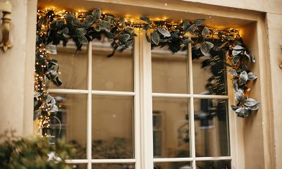 ukrašen-prozor-imela-domnakvadrat
