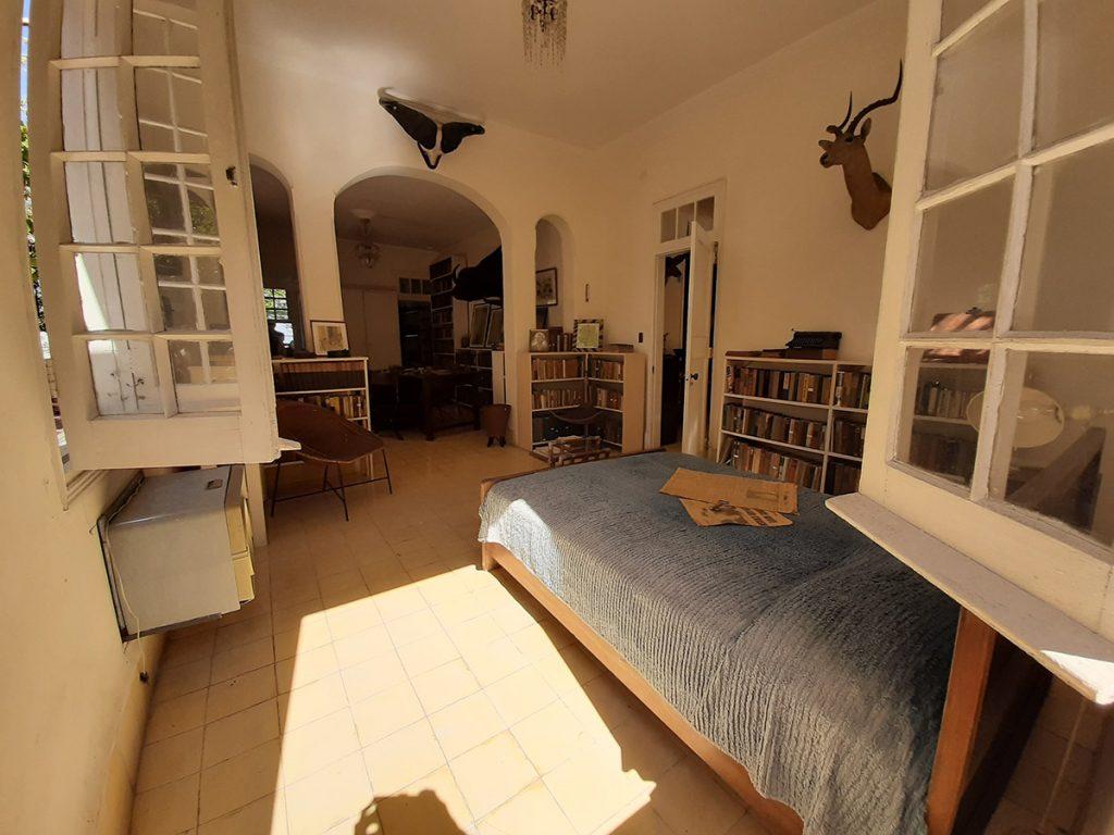 spavaća-soba-ernest-hemingway-kuba-domnakvadrat