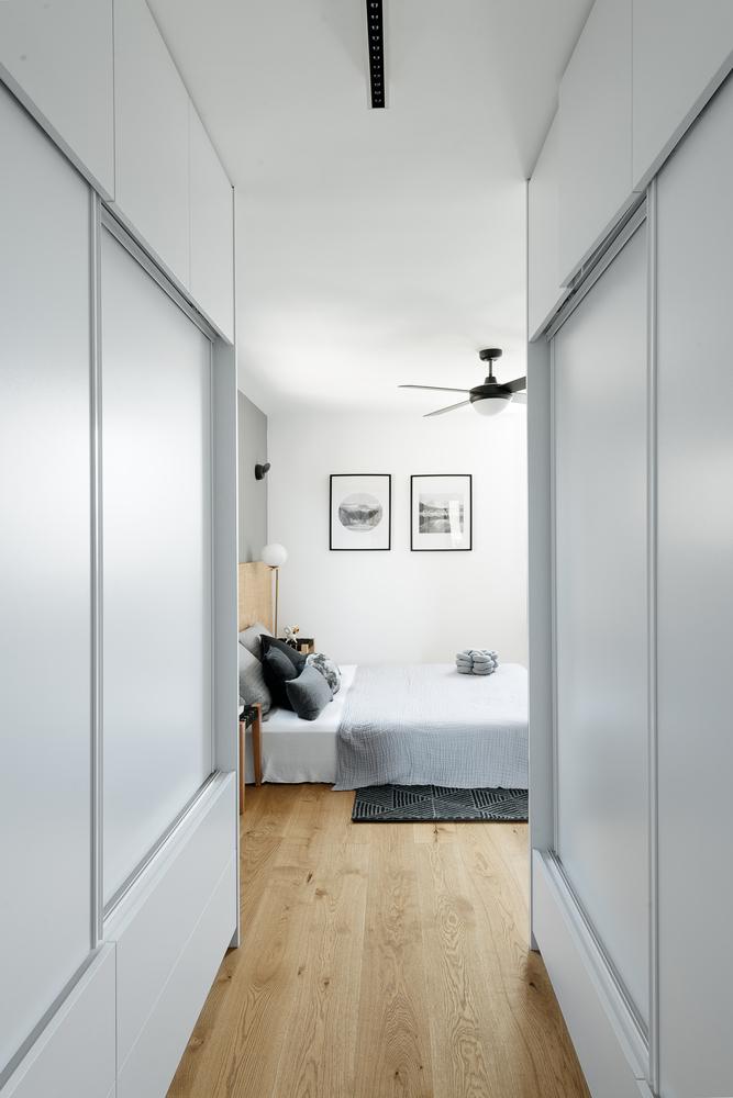 hodnik-ormar-spavaća-soba-stan-telaviv-domnakvadrat